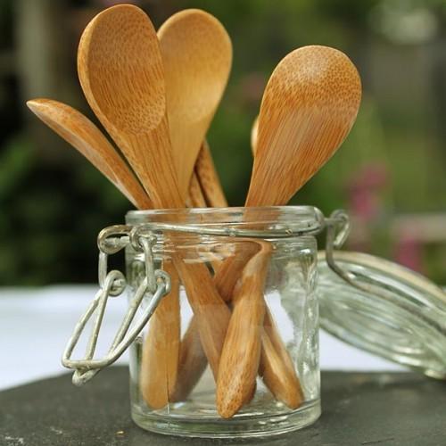 Cuillère à épices en bois